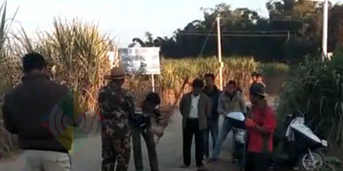 ခြံစည်းကာရန်ဟုဆိုကာ မိုင်ဂျာယန်မြို့ တရုတ်-မြန်မာနယ်စပ် လမ်းမပေါ် တရုတ်တပ်ဖွဲ့ မြေတူးနေ