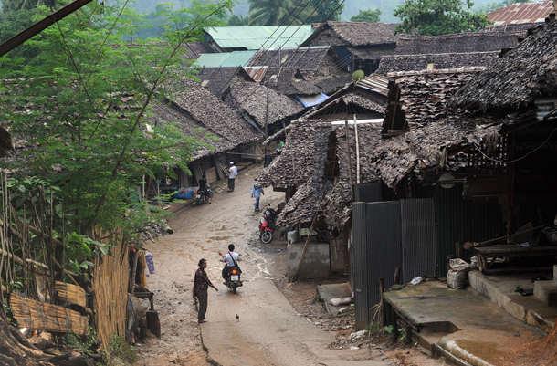 ထိုင်း - မြန်မာနယ်စပ် အုန်းဖျန် ဒုက္ခသည်စခန်းအတွင်း ကိုရိုနာဗိုင်းရပ်ပိုး တွေ့ရှိ